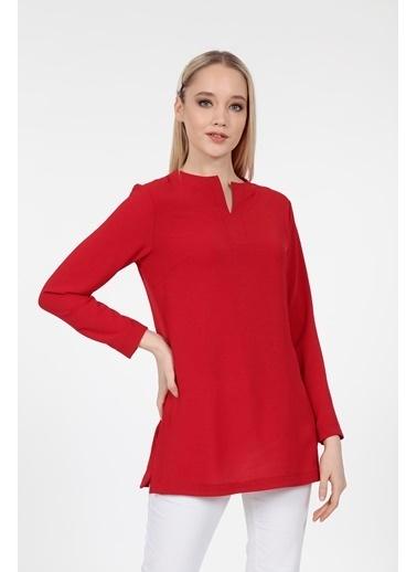 Vitrin Hakim Yaka Yanlar Yırtmaçlı Bluz Kırmızı